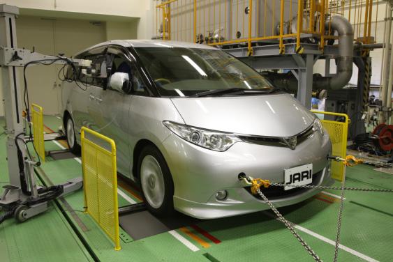 ダイナモメータ設備(日本自動車研究所)